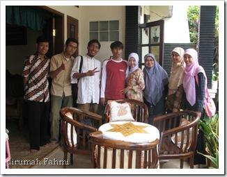 dirumah Fahmi